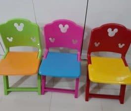 Chaise Enfant plusieurs coloris